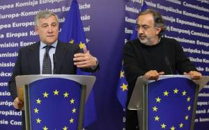 Sergio Marchionne, CEO of Fiat and President of the European Automobile Manufacturers Association (ACEA), on the right, and Antonio Tajani, Vice-President of the EC in charge of Industry and Entrepreneurship.