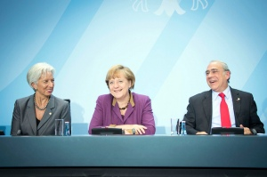 (Left/Right) Christine Lagarde, Director-General of the IMF; Angela Merkel, German Federal Chancellor and Angel Gurría, Secretary-General of the OECD.  Berlin, Germany, 30 October 2012.