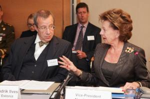 Neelie Kroes, Vice-President of the EC in charge of Digital Agenda, participated in the first meeting of the Steering Board of the European Cloud Partnership (ECP). The board, chaired by Toomas Hendrik Ilves, President of Estonia, met to kick-off a process where public authorities and industry work together to help building the EU Digital Single Market for cloud computing pursuant to the European Cloud Computing Strategy.
