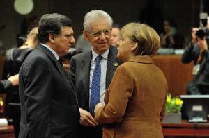 Angela Merkel, German Federal Chancellor, Mario Monti, Italian Prime Minister; Minister for Economy and Finance ad interim, and José Manuel Barroso (from right to left)