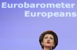 Androulla Vassiliou, Member of the EC in charge of Education, Culture, Multilingualism and Youth is happily drawing the wrong conclusions from the Eurobarometer survey. (EC Audiovisoual Services)