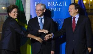 José Manuel Barroso, President of the EC, and Herman van Rompuy, President of the European Council, participated in the 5th EU/Brazil Summit with Dilma Rousseff, President of Brazil, readying for a cordial hand shake (from right to left). (EC Audiovisual Services).