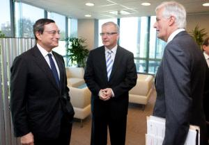 Mario Draghi, Governor of the ECB, Olli Rehn, member of the EC in charge of Economic and Monetary Affairs and Michel Barnier, Member of the EC in charge of Internal Market and Services, (from left to right). The three of them are responsible of what is happening in Eurozone's banking sector.