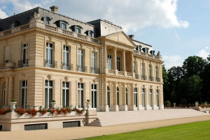 OECD's Headquarters, in Château de la Muette, Paris-France (OECD photo library)