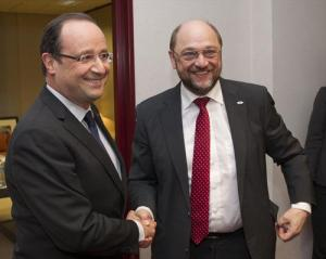 From left to right: Mr Francois Hollande, President of France; Mr Martin Schulz, President of the European Parliament. (Council of the European Union photographic library)