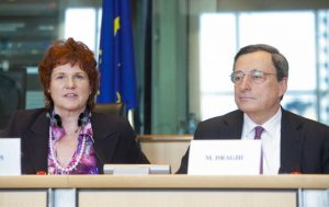 Sharon Bowles (ALDE, UK), chair of the European Parliament Committee on Economic and monetary affairs and Mario Draghi governor of the European Central bank. Monetary dialogue, 18/02/2013. (European Parliament photographic library).