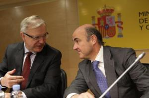 Olli Rehn, Vice President of the EC in charge of Economic and Monetary Affairs and the euro meets Luis de Guindos Jurado, Spanish Minister for Economy and Competitiveness. (EC Audiovisual Services).