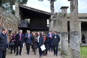 Johannes Hahn, Member of the EC in charge of Regional Policy, fourth from left, visited the Pompeii site in Campania Region, Italy, where the European Union has co-financed a rehabilitation project. (EC Audiovisual Services).