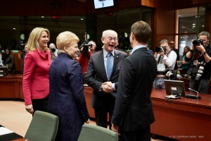 From left to right: Ms. Helle Thorning-Schmidt, Danish Prime Minister; Ms. Dalia Grybauskite, President of Lithuania; Mr Herman Van Rompuy, President of the European Council; Mr Jyrki Kaitanen, Finnish Prime Minister. (Council of the European Union's photographic library). See how happy Mr Van Rompuy is, seeing the Finnish PM.