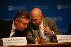 Discussion between Pascal Lamy, Director General of the World Trade Organization (WTO) on the right, and Karel De Gucht, Member of the EC in charge of Trade. Dialogue on Aid for Trade, organised by the OECD (16/01/2013). (EC Audiovisual Services).