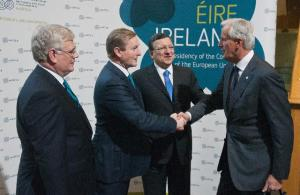 Handshake between Enda Kenny, Irish Prime Minister, 2nd from the left, and Michel Barnier, Member of the EC in charge of Internal Market and Services, on the right, in the presence of Eamon Gilmore, Irish Deputy Prime Minister and Minister for Foreign Affairs and Trade, on the left, and José Manuel Barroso, President of EC. (EC Audiovisual Services).