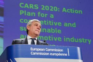 """Press conference by Antonio Tajani, Vice-President of the European Commission, on the adoption of """"CARS 2020: Action Plan for a competitive and sustainable automotive industry in Europe"""". (EC Audiovisual Services)."""