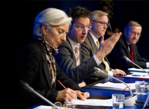 Christine Lagarde, Managing Director of the IMF, Jeroen Dilsselboem, President of the Eurogroup, Olli Rehn, Vice President of the European Commission, Klaus Regling, Chief Executive Officer. On 25-3-2013 the Eurogroup reached an agreement with the Cypriot authorities on the key elements necessary for a future macroeconomic adjustment programme. (Eurozone Portal, photographic library).