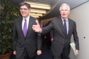 Michel Barnier, Member of the European Commission in charge of Internal Market and Services, received Jack Lew, US Secretary of the Treasury. Probably the EU needs the American experience on how to lead the real estate market to a total collapse, (European Commission photographic library).