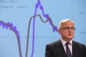 Press conference by Olli Rehn, Vice-President of the EC, on the autumn economic forecasts for 2012-2014. (EC Audiovisual Services).