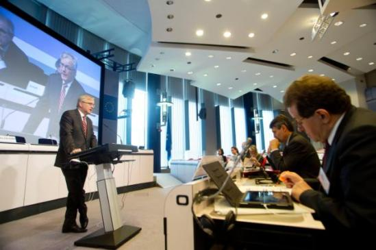 Participation of Olli Rehn, Vice-President of the European Commission in charge of Economic and Monetary Affairs and the Euro, in the EC/ECB joint conference on Financial Integration and Stability, (EC Audiovisual Services, 25/04/2013).