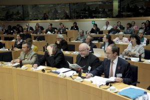 Conference in the European Parliament on combatting poverty and social exclusion, (European Parliament Audiovisual).