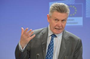 Karel De Gucht, Member of the European Commission in charge of Trade, gave a press conference yesterday on the proposal that aims at adapting the EU's rulebook to tackle unfair competition from dumped and subsidised imports to the contemporary challenges facing the EU's economy. (EC Audiovisual Services).