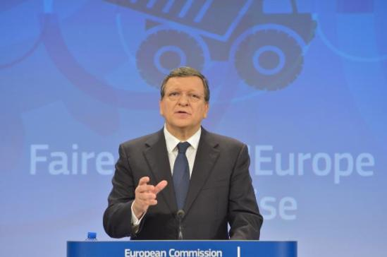 José Manuel Barroso, President of the European Commission in the podium. The EC published country-specific recommendations for Member States along with an overarching communication on what was needed to return to growth and jobs, (EC Audiovisual Services, 29/5/2013).