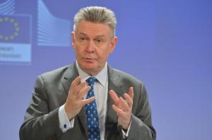 Press conference by Karel De Gucht, Member of the European Commission, on the proposal to strengthen the EU's trade defence instruments. (EC Audiovisual Services).