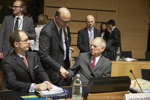 Ecofin Council. Pierre Moscovici, French Minister of Finance, Wolfgang Schauble, German Federal Minister for Finance (from left to right). (Council of the European Union photographic library, 21/6/2013).