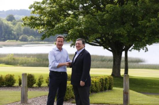 José Manuel Barroso, President of the EC (on the right), took part in the 39th G8 Summit which was held in Lough Erne, Northern Ireland (United Kingdom), together with Herman van Rompuy, President of the European Council, David Cameron, British Prime Minister and President of the G8 Summit (on the left), Barack Obama, President of the United States, Shinzō Abe, Japanese Prime Minister, François Hollande, President of the French Republic, Enrico Letta, Italian Prime Minister, Vladimir Putin, President of Russia, Angela Merkel, German Federal Chancellor, and Stephen Harper, Canadian Prime Minister. (EC Audiovisual library).