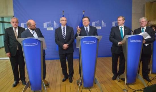 José Manuel Barroso, President of the European Commission (third from right), and Janusz Lewandowski, Member of the EC in charge of Financial Programming and Budget (third from left), received Martin Schulz, President of the European Parliament (second from left), Enda Kenny, Irish Prime Minister and President in office of the Council of the EU (second from right), and Eamon Gilmore, Irish Deputy Prime Minister and Minister for Foreign Affairs and Trade (first from right). They gathered in Berlaymont building for a discussion on the Multi-Annual Financial Framework (MFF) 2014-2020 (EU budgets) and reached a political agreement. (EC Audiovisual Services, 27/6/2013).
