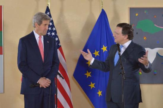 José Manuel Barroso, President of the EC, received John Kerry, US Secretary of State. (EC Audiovisual Services).
