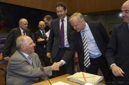 Main actors of yesterday's Eurogroup. (left to right) Wolfgang Schauble, German Federal Minister for Finance, Jeroen Dijsselbloem, President of the Eurogroup and Dutch minister of Finance, Olli Rehn, Vice President of the European Commission, Luis De Guindos Jurado, Spanish Minister for Economic Affairs and Competitiveness. (Council of the European Union photographic library, 20/6/2013)