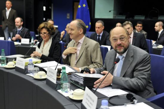 European Parliament 13/6/2013, Conference of Presidents. Martin Schulz President of the Parliament (first from right). (European Parliament photographic library).