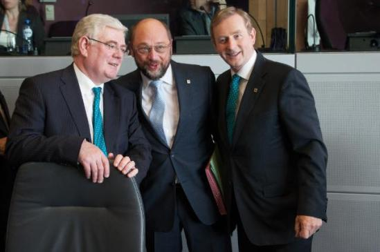 Martin Schulz, President of the European Parliament (at the centre), Enda Kenny, Irish Prime Minister and President in office of the Council of the EU (on the right), and Eamon Gilmore, Irish Deputy Prime Minister and Minister for Foreign Affairs and Trade. They gathered for a discussion on the Multi-Annual Financial Framework (MFF) 2014-2020 and reached a political agreement together with the Commission President Manuel Barroso not pictured here. (EC Audiovisual Services, 27/06/2013).