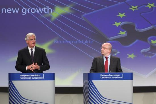 "Joaquín Almunia, Vice-President of the European Commission in charge of Competition (on the right), and Michel Barnier, Member of the EC in charge of Internal Market and Services, gave a press conference on the new rules on Payment Services for the benefit of consumers and retailers. In order to adapt EU payments market to the opportunities of the single market and to support the growth of the EU economy, the European Commission adopted a package including: a new payment Services Directive (""PSD2"") and a proposal for regulation on interchange fees for card-based payment transaction. (EC Audiovisual Services, 24/07/2013)."
