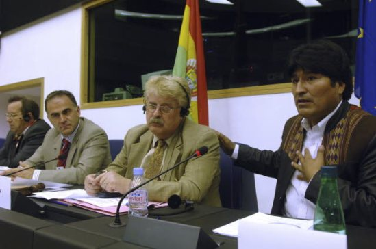 The Bolivian President Juan Evo Morales Ayma (first from right) visited the European Parliament in May 2005 and had an exchange of views with the Parliamentary Committee on Foreign Affairs, in a meeting presided by Elmar Brok, Chair of AFET Committee at the time (second from right). (EU Parliament photographic library, 15/05/2006).