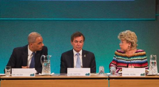Viviane Reding, Vice-President of the EC in charge of Justice, Fundamental Rights and Citizenship (first from right) went to Dublin to participate in the EU/US Justice Ministerial Meeting. Eric Holder, US Attorney General (first from left), and Alan Shatter, Irish Minister for Justice, Equality and Defence also took part in the event. Discussions focused on data protection, rights of victims of crime, judicial cooperation in criminal matters, and judicial cooperation in civil matters (EC Audiovisual Services, 14/06/2013).