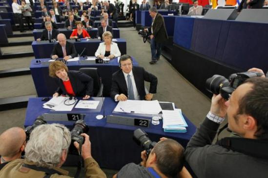 State of the Union Address 2013 by José Manuel Barroso, President of the EuropeanCommission. Several Members of the College of the Barroso II Commission, in front of the press in the 1st row Catherine Ashton, High Representative of the Union for Foreign Affairs and Security Policy and Vice-President of the EC, and José Manuel Barroso, in the 2nd row Joaquín Almunia, Vice-President of the EC in charge of Competition, and Viviane Reding, Vice-President of the EC in charge of Justice, Fundamental Rights and Citizenship (EC Audiovisual Services, 11/9/2013).