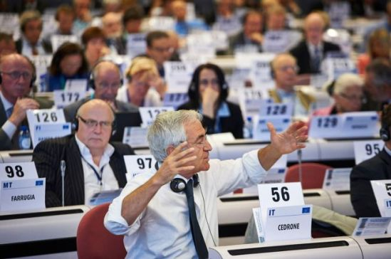 European Economic and Social Committee: Plenary session of 18-19 September 2013 (EESC photo gallery).