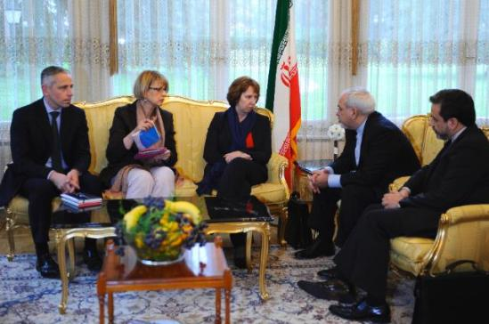 Seyyed Abbas Araghchi, Iranian Deputy Minister for Foreign Affairs in charge of Legal and International Affairs, Mohammed Javad Zarif, Iranian Minister for Foreign Affairs, Catherine Ashton, High Representative of the Union for Foreign Affairs and Security Policy and Vice-President of the EC, Helga Maria Schmid, Deputy Secretary General of the European External Action Service (EEAS), and James Morrison, Head of cabinet of Catherine Ashton (from right to left). (EC Audiovisual Service, 20/11/2013).