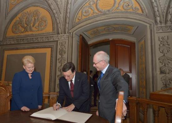José Manuel Barroso, President of the European Commission (in the centre), Dalia Grybauskaité, President of Lithuania and President in office of the Council of the EU and Herman Van Rompuy, President of the European Council, participated in the inaugural meeting of the Lithuanian Presidency of the Council of the EU with the EC in Vilnius.