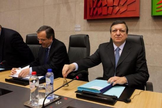 José Manuel Barroso, President of the European Commission, received a delegation from the Greek government led by Antonis Samaras, Greek Prime Minister. During the joint press conference José Manuel Barroso welcomed the next Greek Presidency of the Council of the EU, starting on 01/01/2014 (EC Audiovisual Seervices, 04/12/2013).