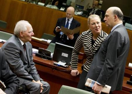 ECOFIN Council of 10/12/2013. From left to right, in the foreground, Wolfgang Schauble, Federal Minister for Finance of Germany, Jutta Pauliina Urpilainen, Minister for Finance of Finland and Pierre Moscovici Minister for Finance of France. (The Council of the European Union).
