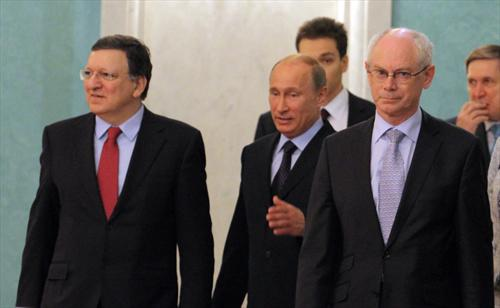 From left to right: José Manuel Barroso, President of the European Commission, Vladimir Putin, President of Russia, Herman Van Rompuy, President of the European Council. EU-Russia Summit of 04/06/2013. (EC Audiovisual Services).