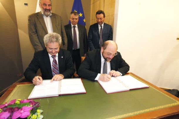 European Parliament. Lex Signing: European Unitary Patent Package. Martin Schulz, EP President (on the right) and Andreas Mavroyiannis, Cypriot Minister for EU Affairs, representing the then Cypriot rotating Presidency of the Council, signing the European Unitary Patent Package. (EP Audiovisual Services 17/1/2/2912).