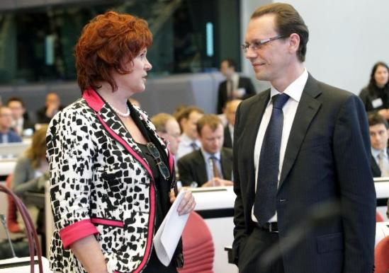Brussels Tax Forum. Discussion between Sharon Bowles, Member of the European Parliament and Chairwoman of the Economic and Monetary Affairs Committee (on the left), and Algirdas Šemeta, member of the European Commission in charge of Taxation and Customs Union, Audit and Anti-Fraud. (EC Audiovisual Services).