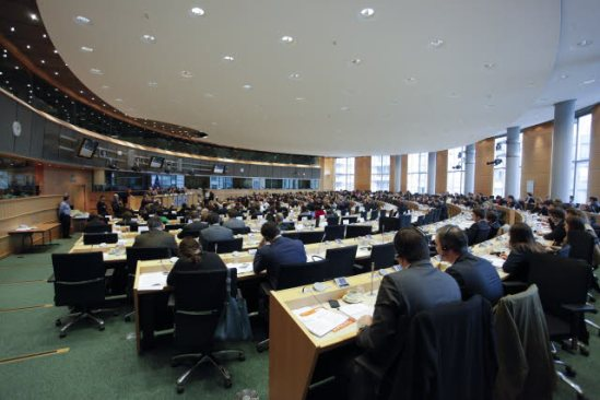 European Parliament. Committee on Civil Liberties, Justice and Home Affairs (LIBE) and Committee on Economic and Monetary Affairs (ECON) joint meeting. (EP Audiovisual Services, 20/2/2014).