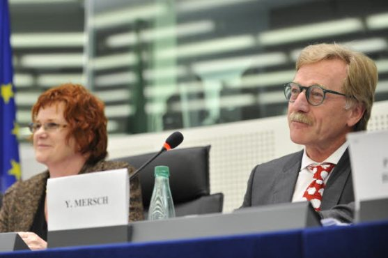 European Parliament. Committee on Economic and Monetary Affairs (ECON) meeting. In the chair, Sharon Bowles (ALDE, UK) (on the left). Nomination of ECB board, in the presence of Yves Mersch, Member of the Executive Board of the ECB. (EP Audiovisual Services).