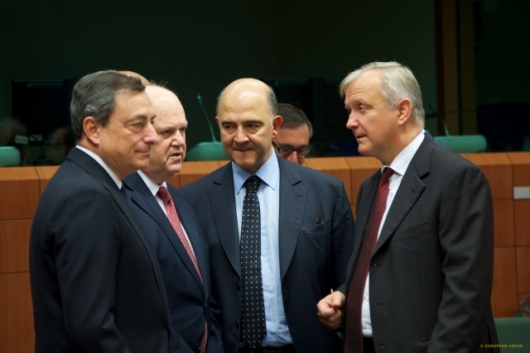 Mario Draghi, President of the European Central Bank, Michael Noonan, Minister for Finance of Ireland, Pierre Moscovici, Minister of Economy, Finance and Foreign Trade of France, Olli Rehn, European Commissioner in charge of Economic and Monetary Affairs (European Council – Council of the European Union, TV-Newsroom).