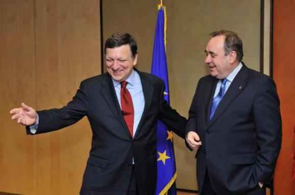 José Manuel Barroso, President of the EC, and Alex Salmond, First Minister of the Scottish Government (EC Audivisual Services, 2/12/2009)