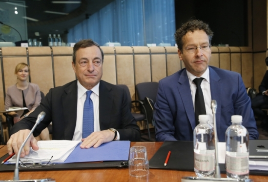 The EU Macroeconomic Dialogue took place on 07 July 2014, in Brussels. Mario Draghi, European Central Bank President (on the left) and Jeroen Dijsselbloem, President of the Eurogroup participated in it. Shoot location: Brussels Shoot date: 07/07/2014 (European Council, Council of the European Union, TV Newsroom).