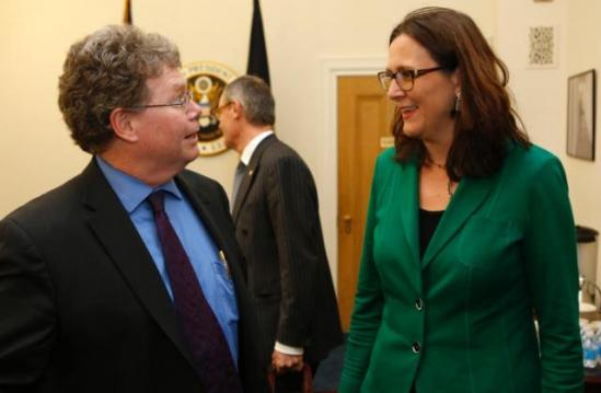 "It seems that not even Dan Mullaney, Chief US Negotiator for TTIP, can believe that Cecilia sees a ""fresh start"" in the negotiations! From right to left, Cecilia Malmström, Member of the EC in charge of Trade and Dan Mullaney, Chief US Negotiator for the Transatlantic Trade and Investment Partnership (TTIP). (EC Audiovisual Services, 08/12/2014)"
