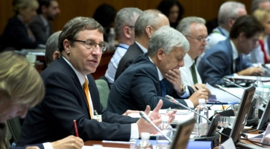 Environment Council - December 2014. EU Ministers of Environment met in Brussels on 17 December 2014. Achim Steiner, Executive Director of the United Nations Environment Programme (UNEP) (in the forefront) also participated in the meeting. (European Council - Council of the European Union, Audiovisual service presse.audiovisuel@consilium.europa.eu)